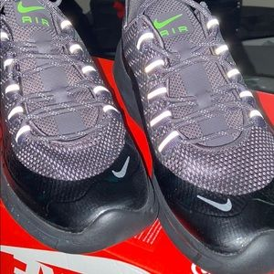 Nike Air Max Axis Premium Shoes Size 7